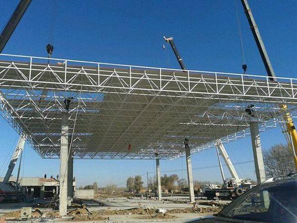加油站鋼結構網架