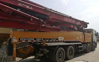 混凝土输送拖泵案例