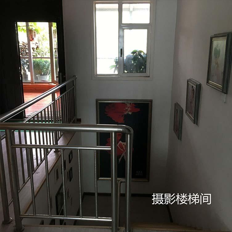 摄影楼梯间