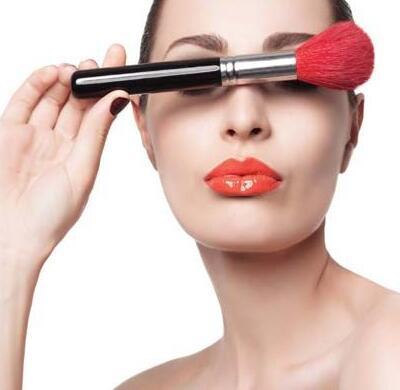 审美的观念在变,化妆培训学校的培训方向也要变