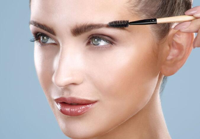 一个化妆新手学习化妆的前提条件高不高呢