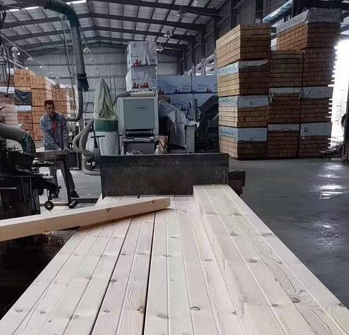 防腐木生产车间展示