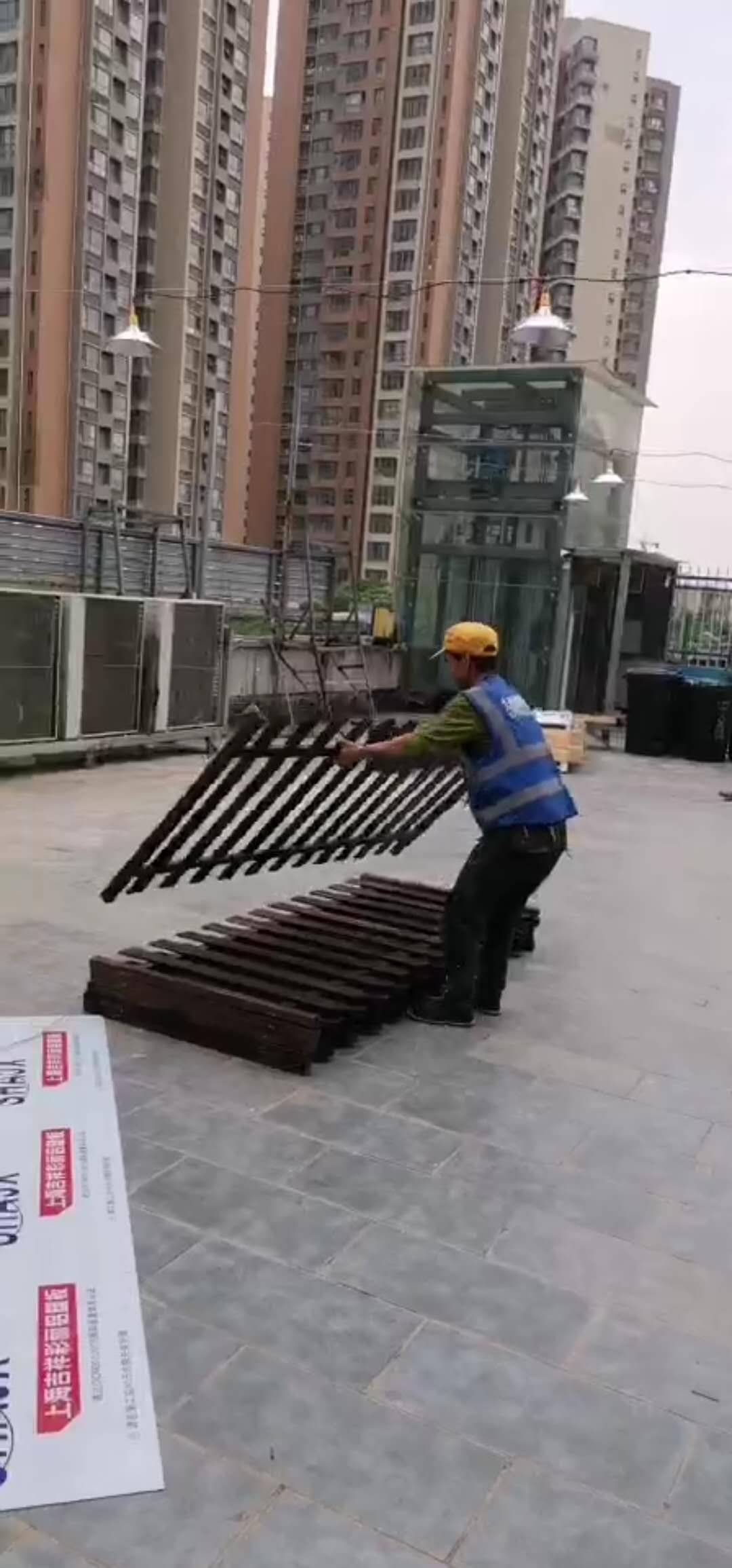 防腐木栅栏