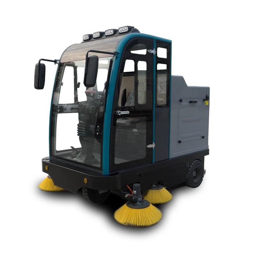 扫地机使用注意事项及保养规范