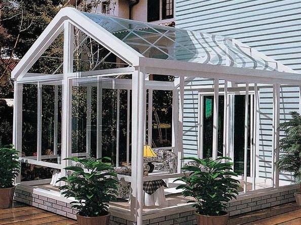 阳光房要不要做雨水槽?雨水槽有哪几种?