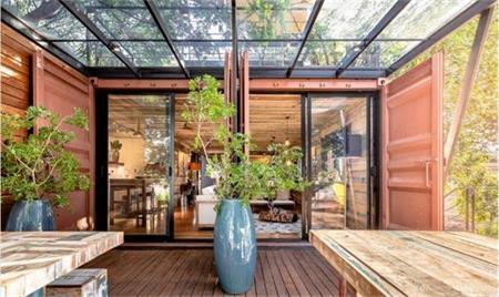 长在树上的集装箱房屋如何设计更温馨浪漫?