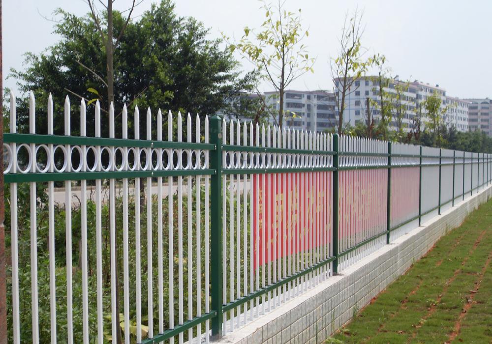 别墅铝艺围栏安装的环境注意事项,一起来了解一下