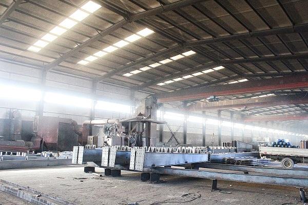 华龙钢构与内蒙古某工厂合作钢结构工程案例