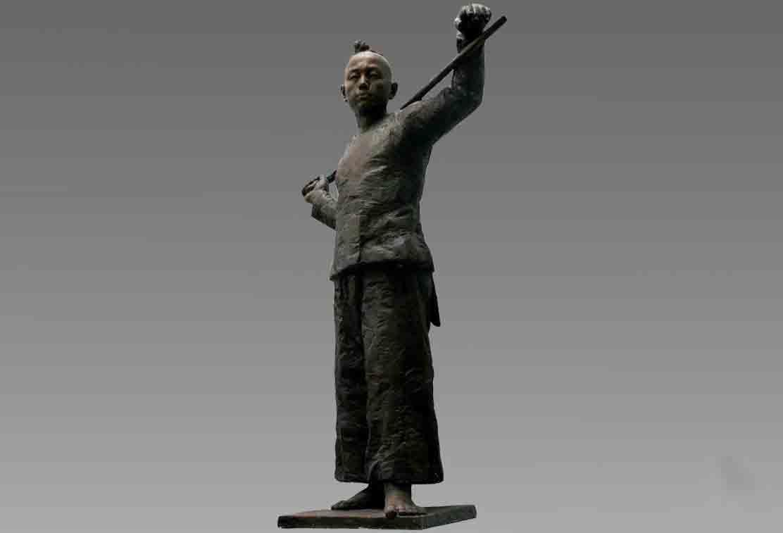 不同时期与不同国家的成都人物雕塑差异这么大啊