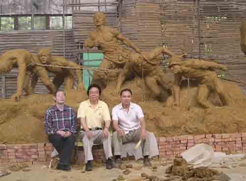 给著名雕塑家赵树桐先生制作的雕塑