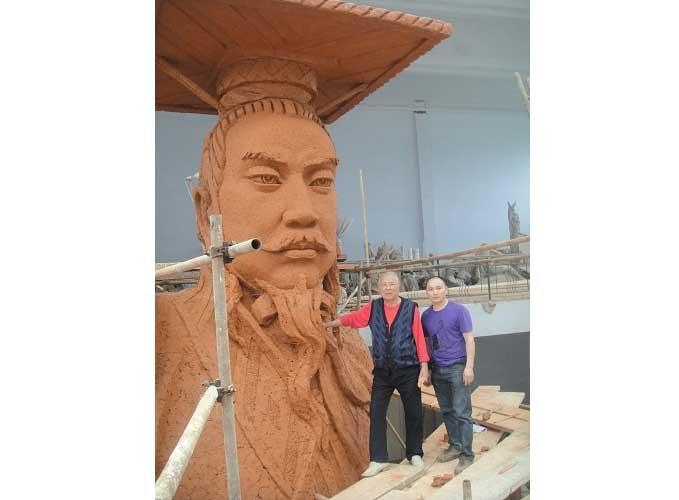 给著名雕塑家叶毓山先生制作的雕塑2