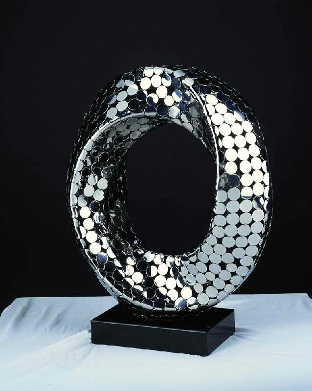 成都不锈钢雕塑制作在公共艺术领域的价值