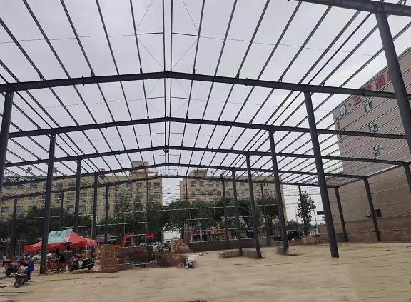 钢结构活动房搭建现场