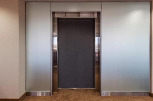 西安不锈钢电梯门套