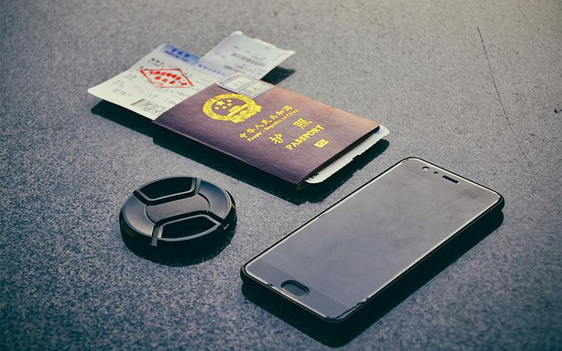 出国劳务,要养成随身携带身份证件的习惯