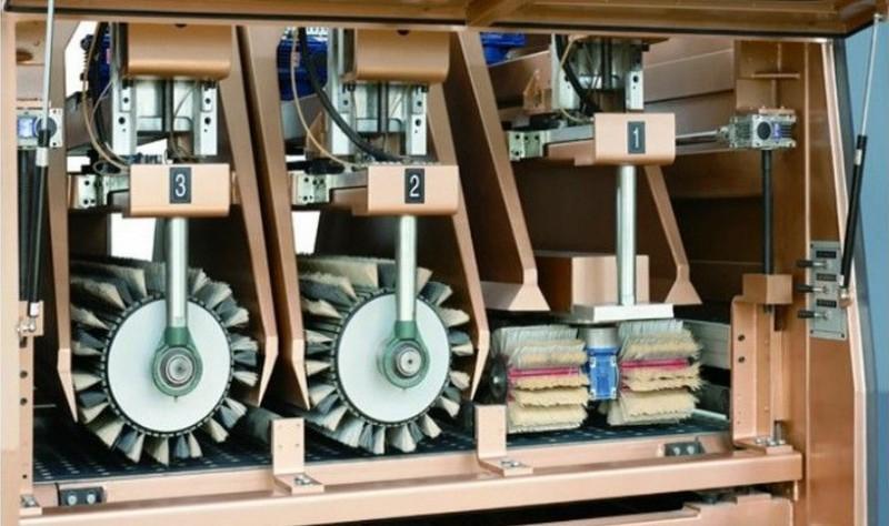 操作异型砂光机需要注意哪些操作规范?