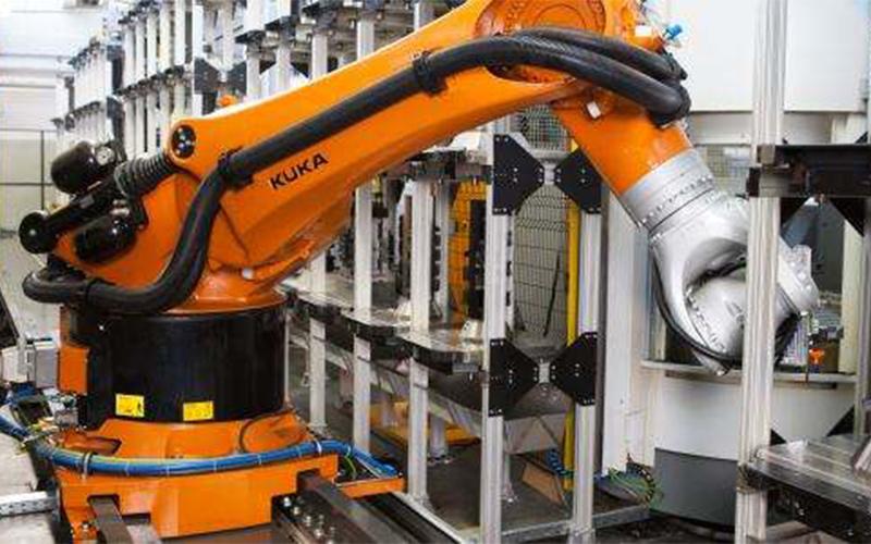 在铸造,锻造行业中工业机器人有哪些应用
