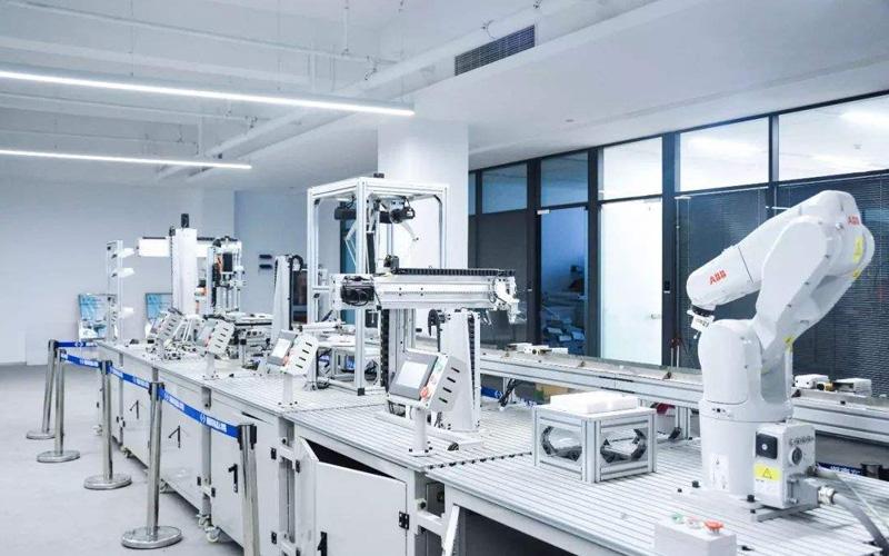多长时间能学会工业机器人技术