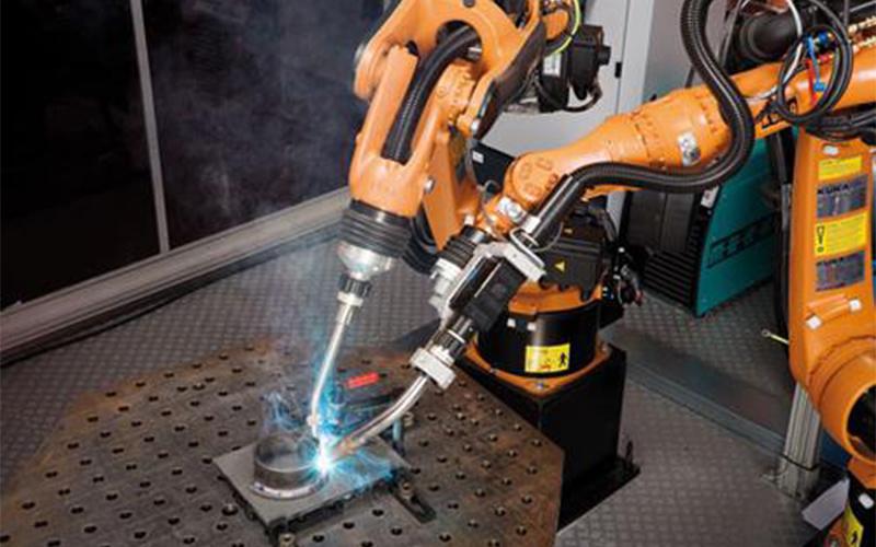 焊接工业机器人培训推动工业生产效率