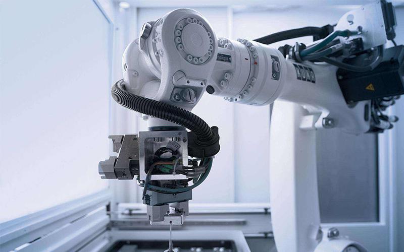 工业机器人怎么影响经济发展