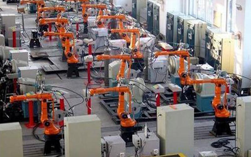 运作工业机器人要有哪些安全意识?