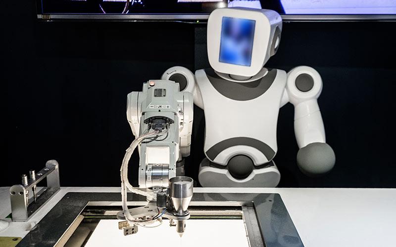 大连机器人教育为什么能成为创新教育的主流?