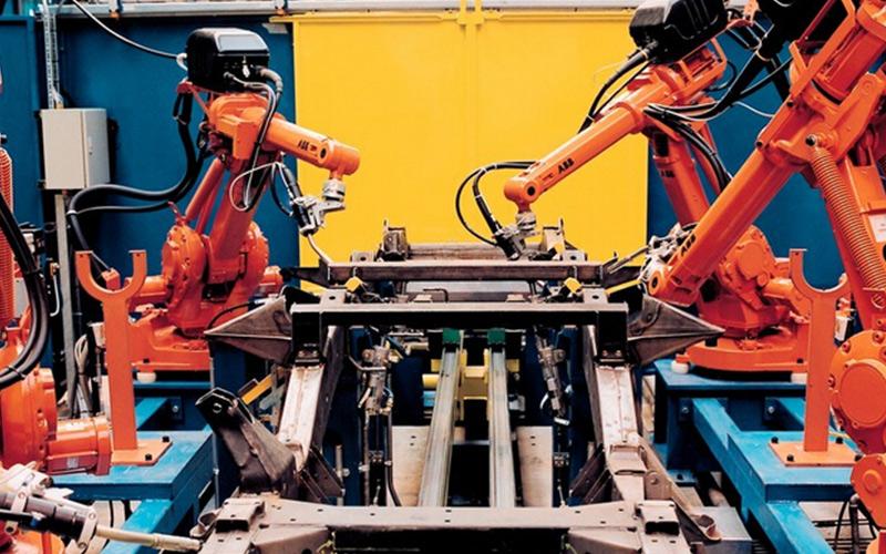 工业机器人定义、特点、分类及典型应用