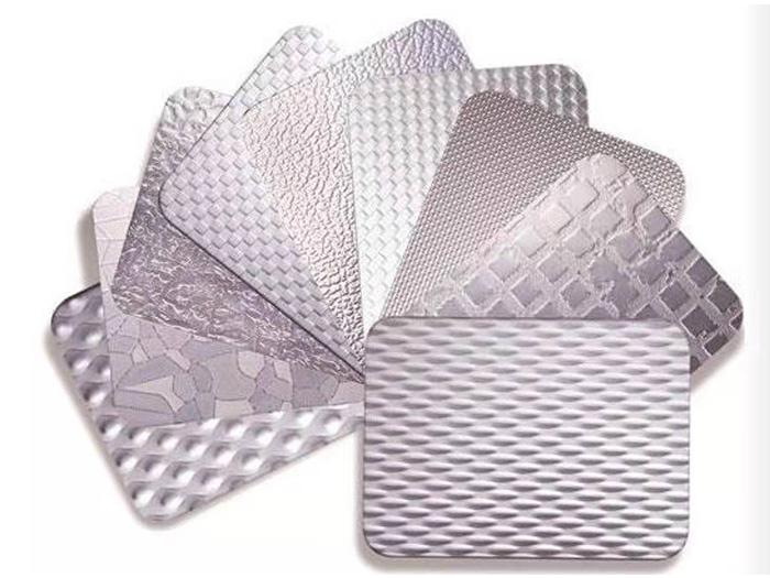 装潢专用不锈钢彩钢装饰板厂家直销