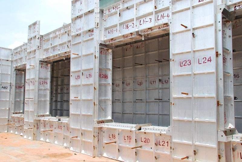 铝模和爬架搭配施工的优势是什么?