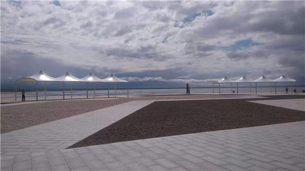 茶卡盐湖天空壹号景区空间膜结构的搭建,效果很明显!