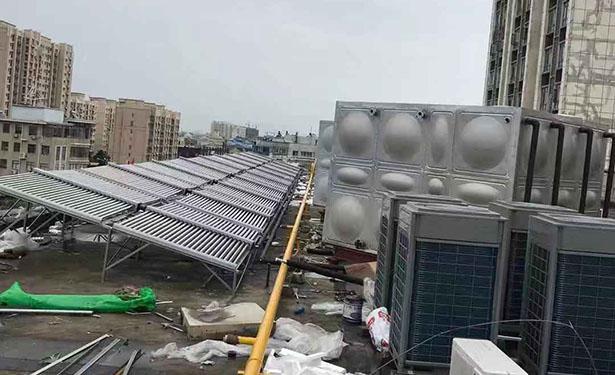 启东太阳能、空气源热泵热水系统