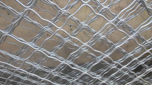 铁丝网的连接方式是怎样的?深兰网业小编为大家进行分享一下!