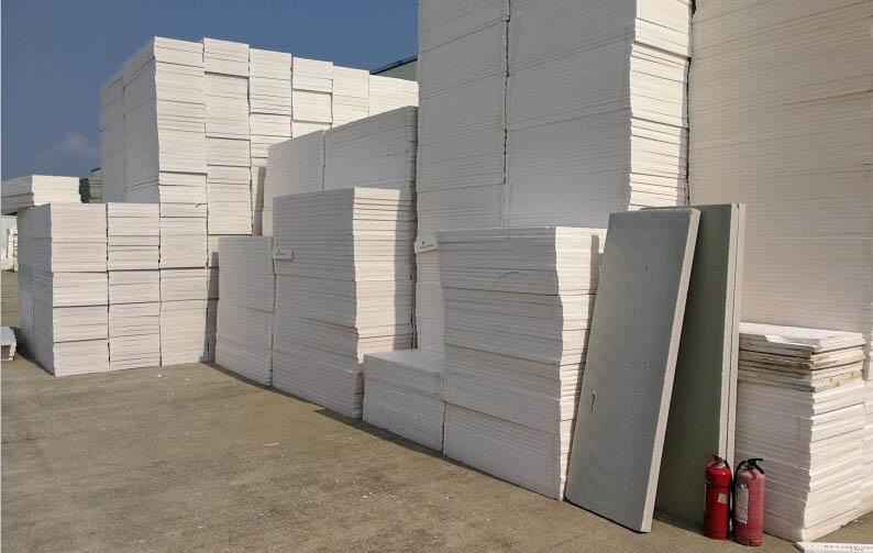 聚合聚苯泡沫板堆放区域