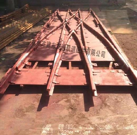 钢板渡线道岔