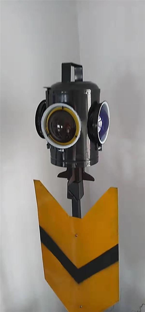 河南轨道工具量器_铁路信号灯