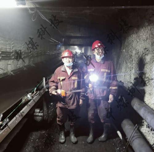 陽煤集團上河煤礦ZMKJ薄噴料施工現場