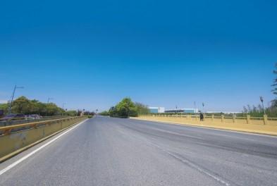 成都市路桥马尼干戈市政道路改建工程