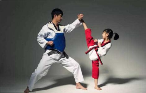 跆拳道实战练习