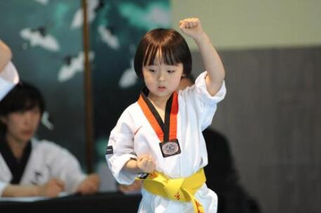 孩子身体素质差就马上报名兰州跆拳道培训班