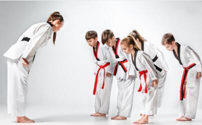 坚持参加跆拳道培训班的九个好处