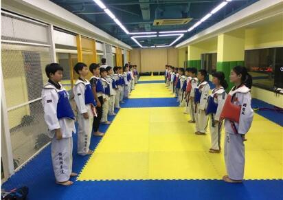 各个群体参加跆拳道培训班带来的好处