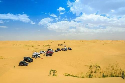 沙漠旅游的季节