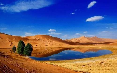 沙漠徒步旅游