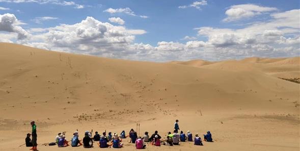 沙漠中露营有什么注意事项?