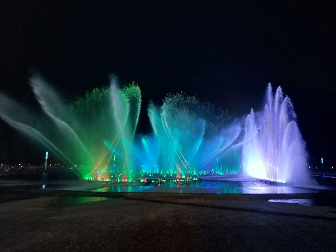 要想四川喷泉效果好,水泵设备选型少不了!