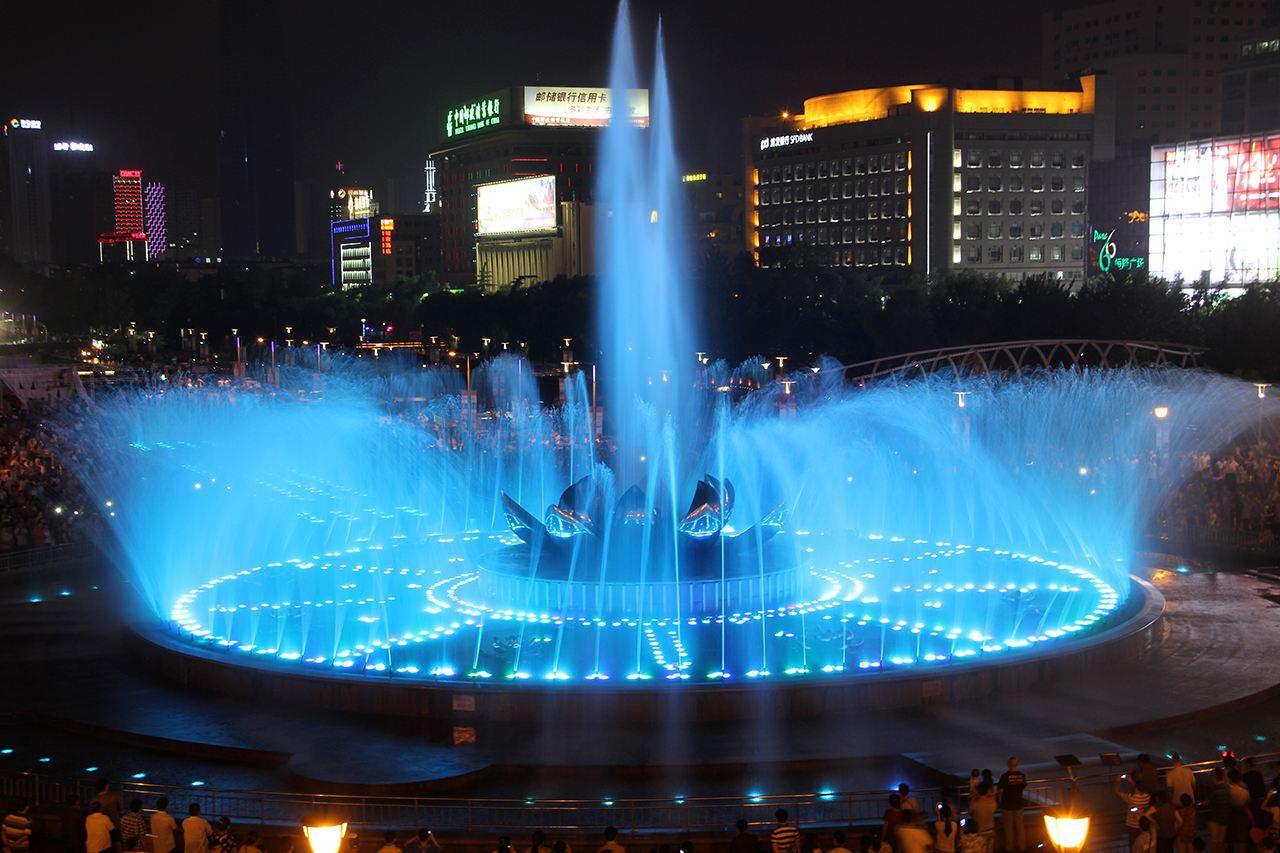 有哪些种类的喷泉,水彩-四川广场喷泉小编来为你解答