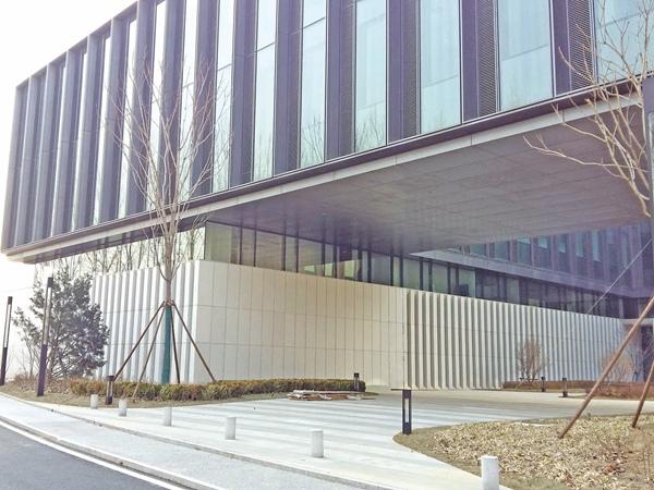 北京华为科研中心-2_河北铝单板安装