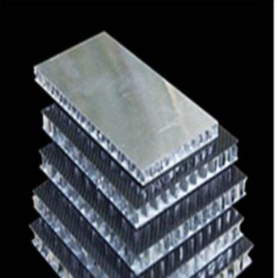 为什么铝蜂窝板会受到大众的欢迎,源于铝蜂窝板的三大制作工艺。