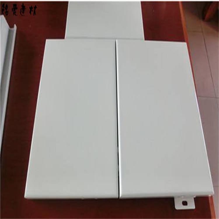 分析影响铝单板隔音效果的三个原因