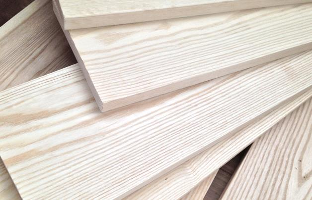 跟陕西缔朗板材加盟商了解关于板材选购的细节